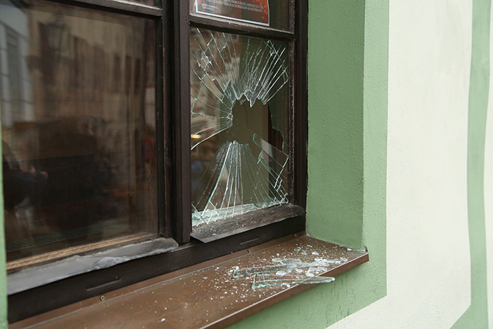 A2B Glass are able to board up broken windows while they are being repaired in Maida Vale.